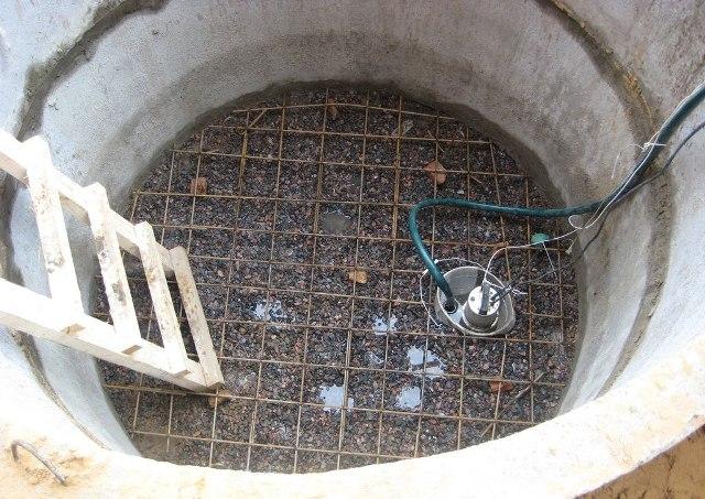 Откачка жироуловителя насосом - Фото 08
