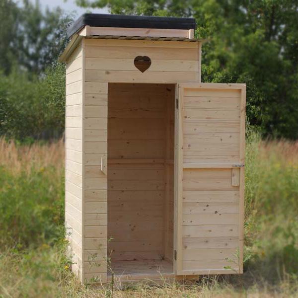 Дверь для туалета на даче